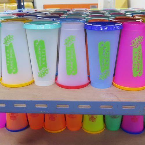 แก้วน้ำเปลี่ยนสี สกรีนโลโก้ (1)